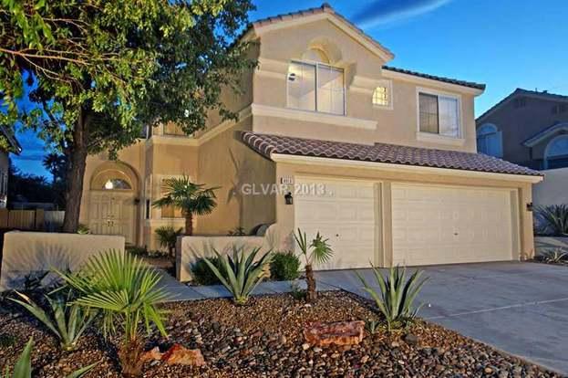 9013 Dove River Rd, Las Vegas, NV 89134 - 5 beds/3 baths