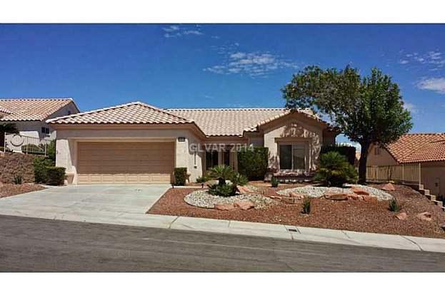 10416 Bent Brook Pl, Las Vegas, NV 89134 - 2 beds/2 baths