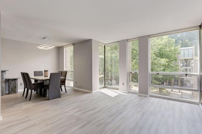 1604 Chimney House Rd Reston VA 20190