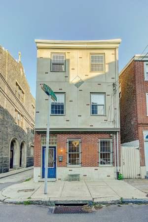Photo of 818 N Orianna St, Philadelphia, PA 19123