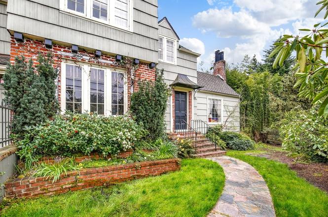 4038 SW Garden Home Rd, Portland, OR 97219